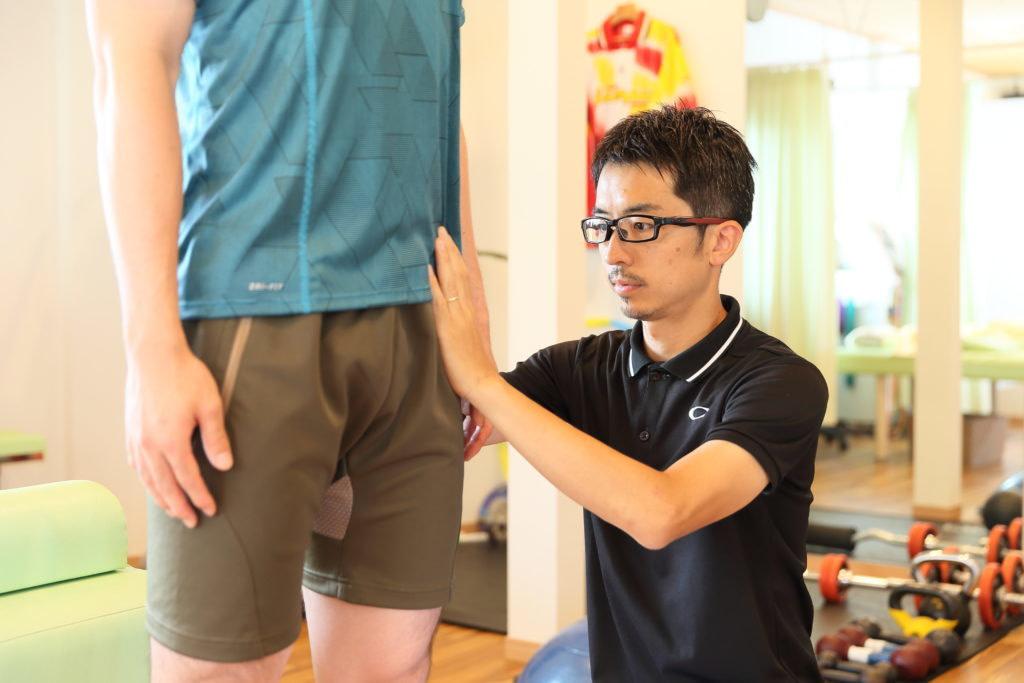 前橋市のひかり接骨院での足底筋膜炎の骨盤の評価